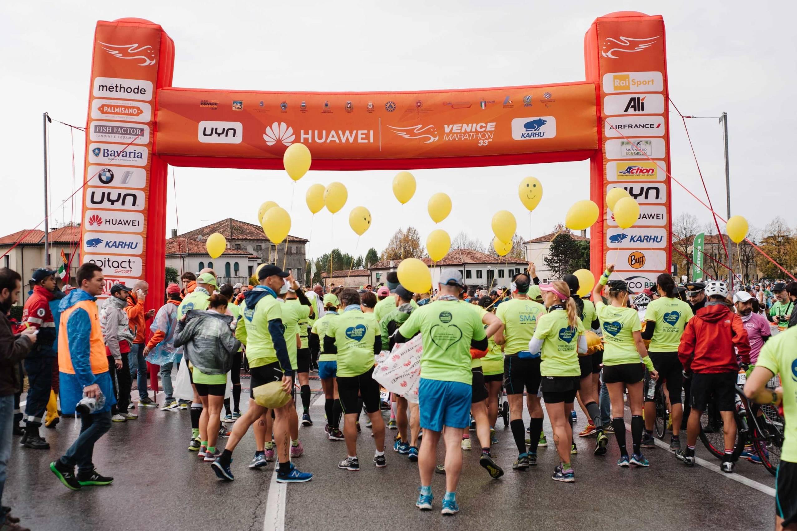 Festeggiamenti per l'arrivo huawei marathons