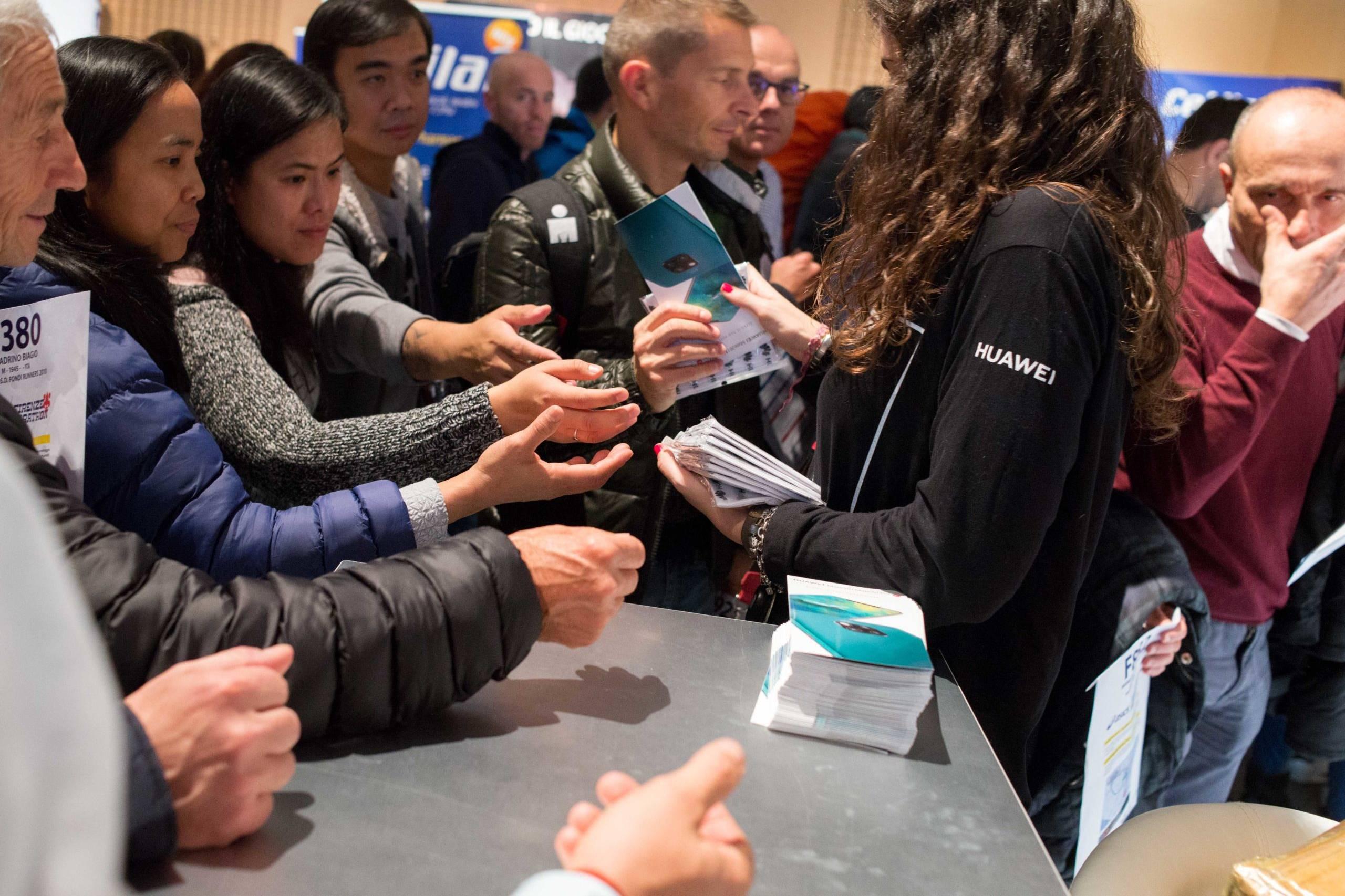 Distribuzione del materiale Huawei
